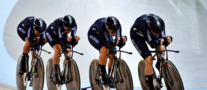 Vantage New Zealand team pursuit women break national record
