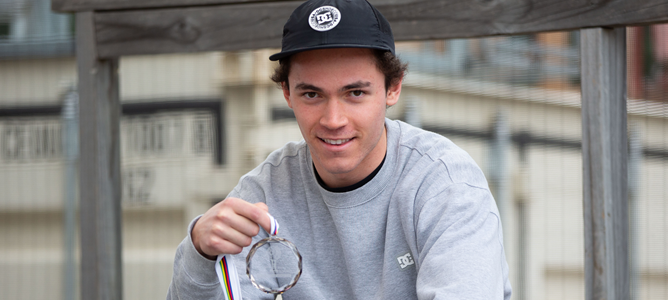 NZ Snowboarder Collins Second - World Cup Tour
