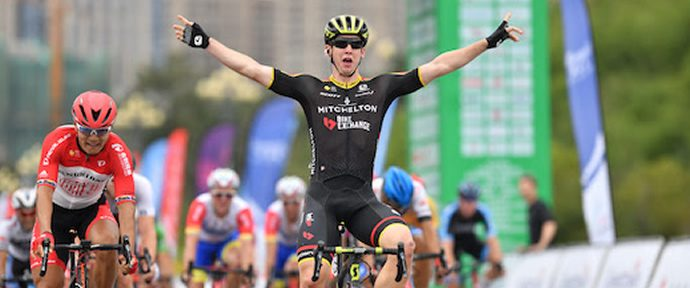 Groves takes over race lead on stage three of the Czech Tour
